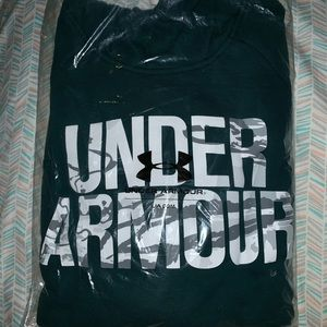 NWT Under Armour sweatshirt size extra large Green